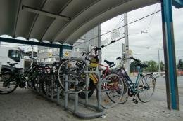 Bicycle parking facilities close to the entrance